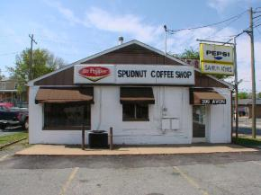 spudnuts-309-avon-street